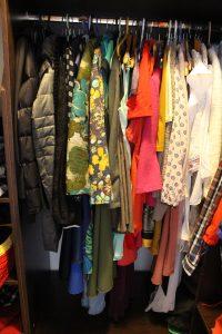 Finalul - hainele pe umeras